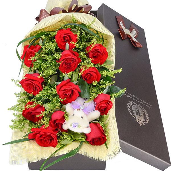 11枝优质红玫瑰,绿叶、加